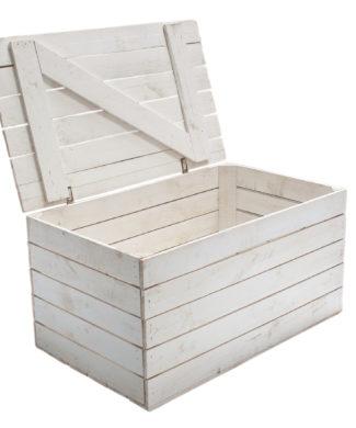 große weiße Holztruhe